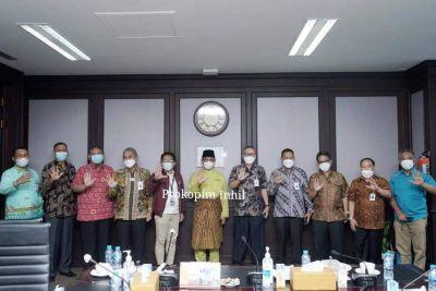 Bupati Inhil Pimpin Pertemuan dengan PT. Bank Riau Kepri di Pekanbaru, Bahas Potensi Sabut Kelapa